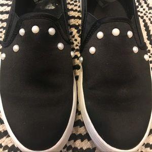 Black Slide sneakers